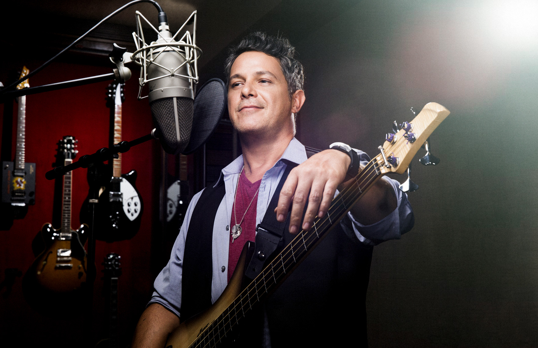 HBO_latino_alejandrosanz_joshmaready_PORTRAITS_061_